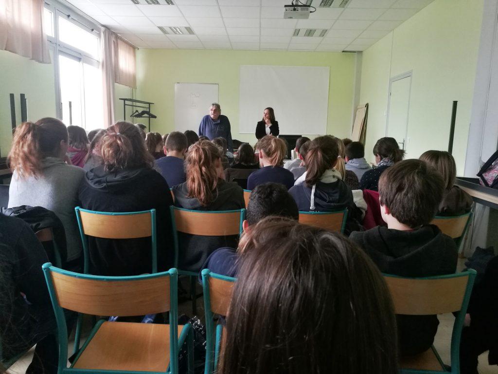 Intervention de M.Ferrand devant les élèves de 5e